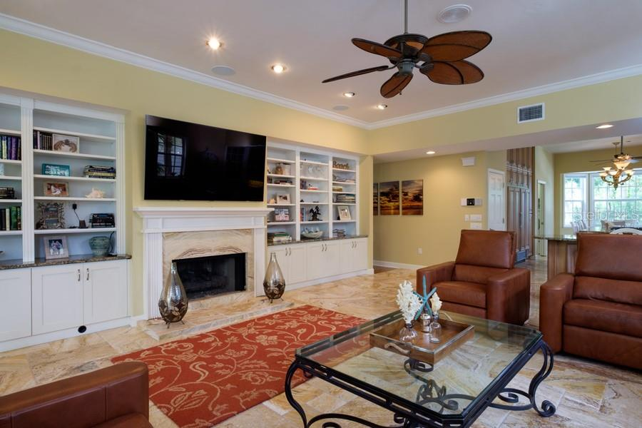 Single Family Home for sale at 3431 Edmondson Ct, Sarasota, FL 34242 - MLS Number is A4407105