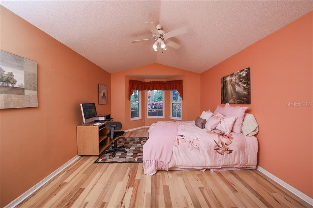 Master Bedroom - Villa for sale at 4472 Calle Serena, Sarasota, FL 34238 - MLS Number is A4407721