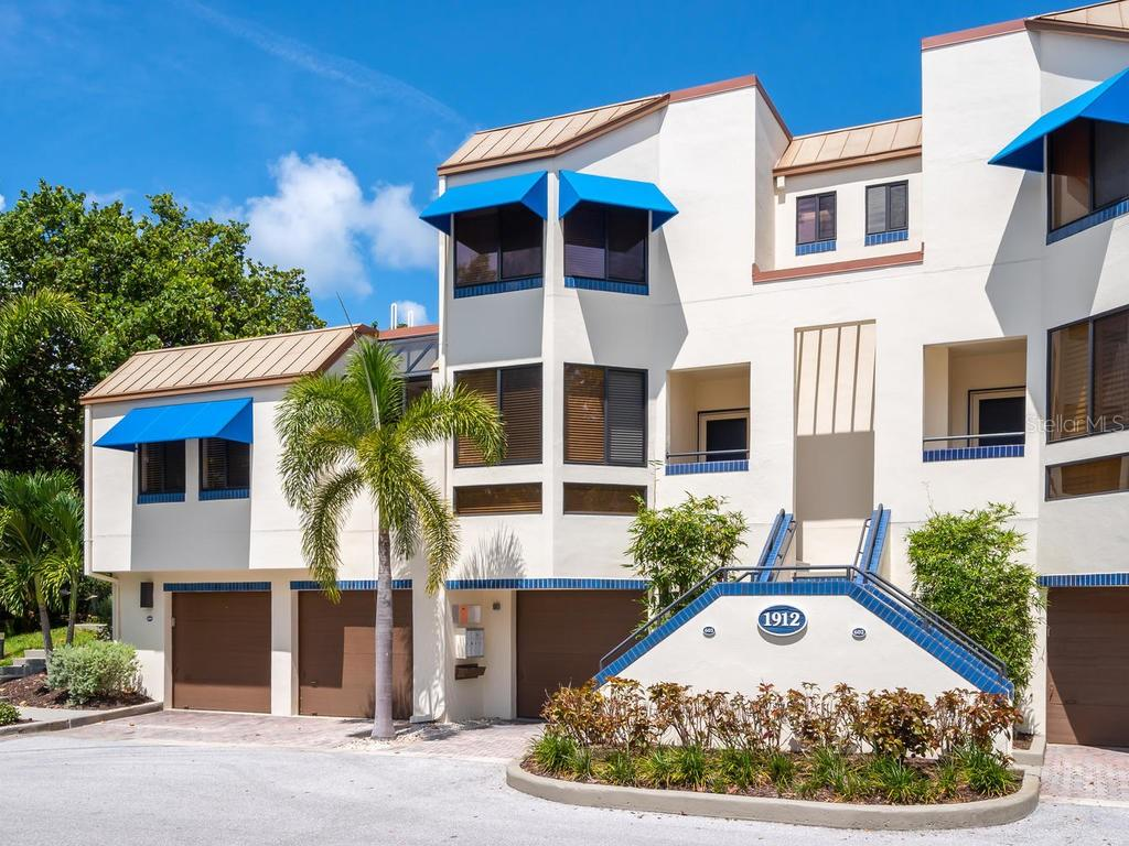 Floor plan - Condo for sale at 1912 Harbourside Dr #604, Longboat Key, FL 34228 - MLS Number is A4407777