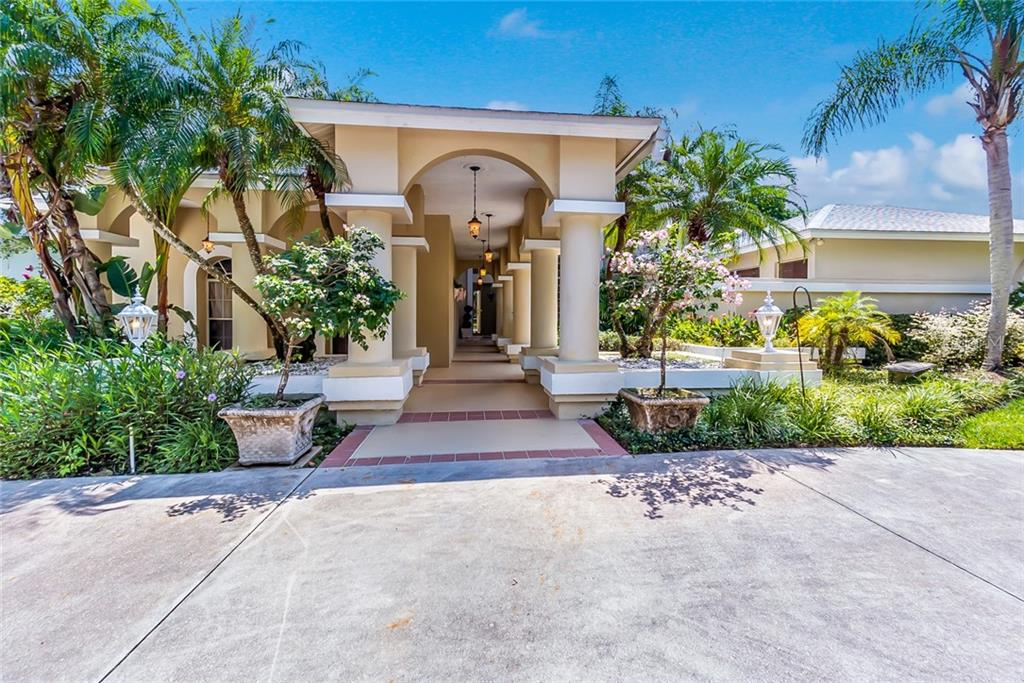 New Supplement - Single Family Home for sale at 5001 Coco Plum Way, Sarasota, FL 34241 - MLS Number is A4407954