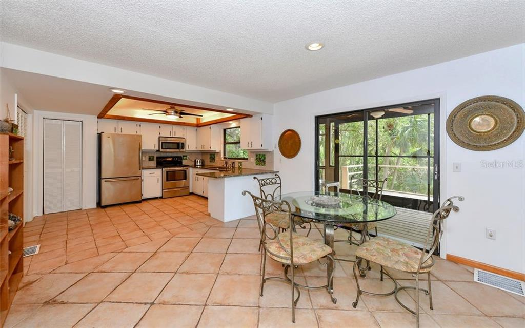 Casual Eat In Area - Single Family Home for sale at 1238 Sea Plume Way, Sarasota, FL 34242 - MLS Number is A4408272