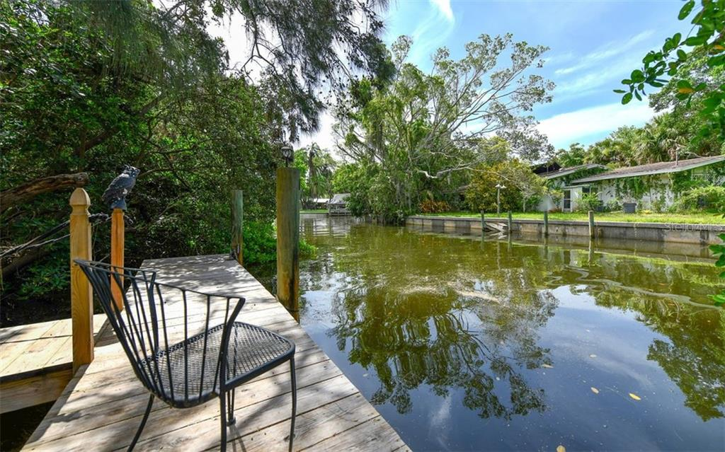Large Dock For Boat - Single Family Home for sale at 1238 Sea Plume Way, Sarasota, FL 34242 - MLS Number is A4408272
