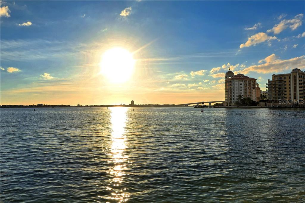 Condo for sale at 1350 Main St #1007, Sarasota, FL 34236 - MLS Number is A4410487