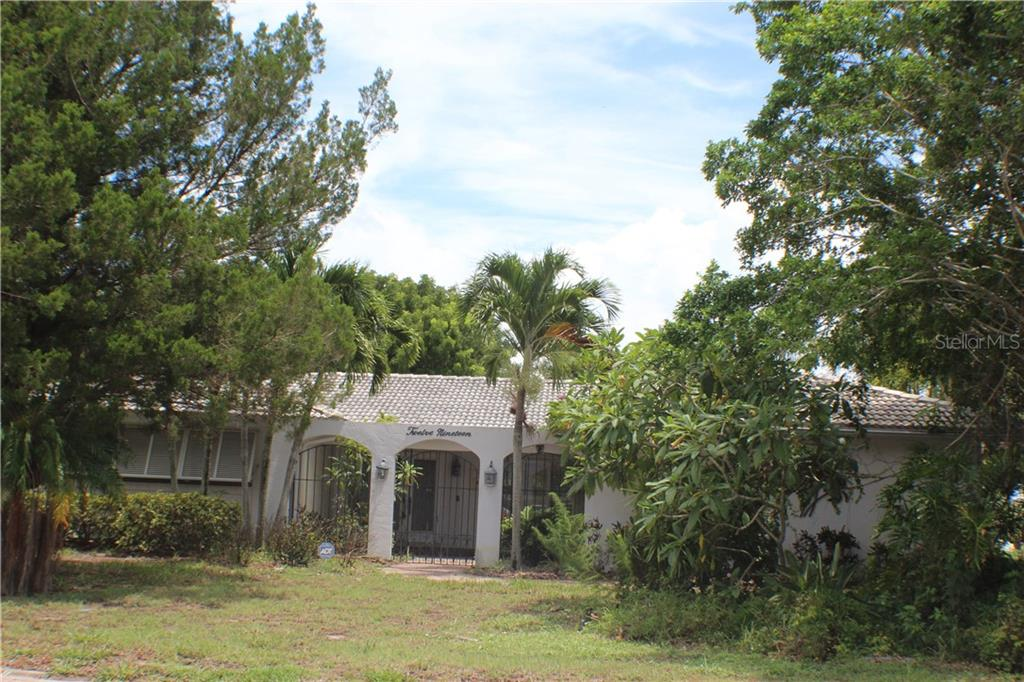 New Supplement - Single Family Home for sale at 1219 Village Green Pkwy, Bradenton, FL 34209 - MLS Number is A4410821