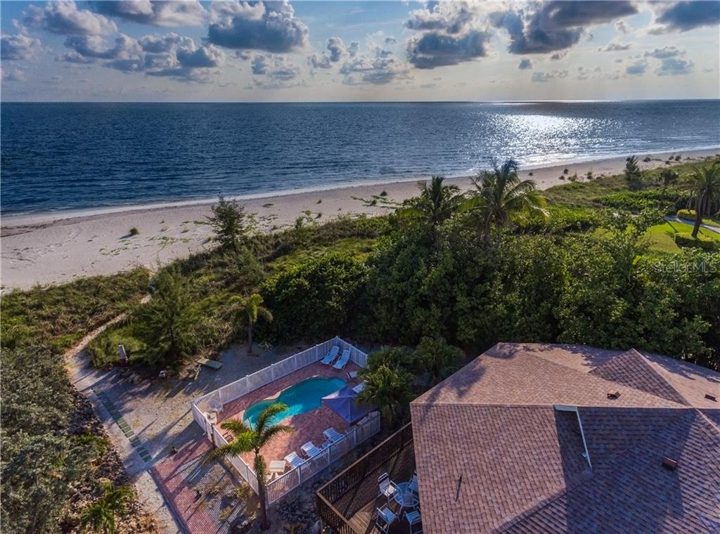 Large lot on the Gulf 96' width - Single Family Home for sale at 6661 Gulf Of Mexico Dr, Longboat Key, FL 34228 - MLS Number is A4410988
