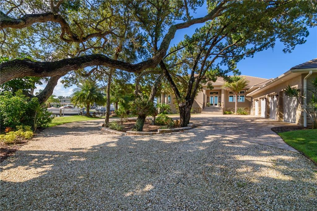 Single Family Home for sale at 7799 Holiday Dr N, Sarasota, FL 34231 - MLS Number is A4413641