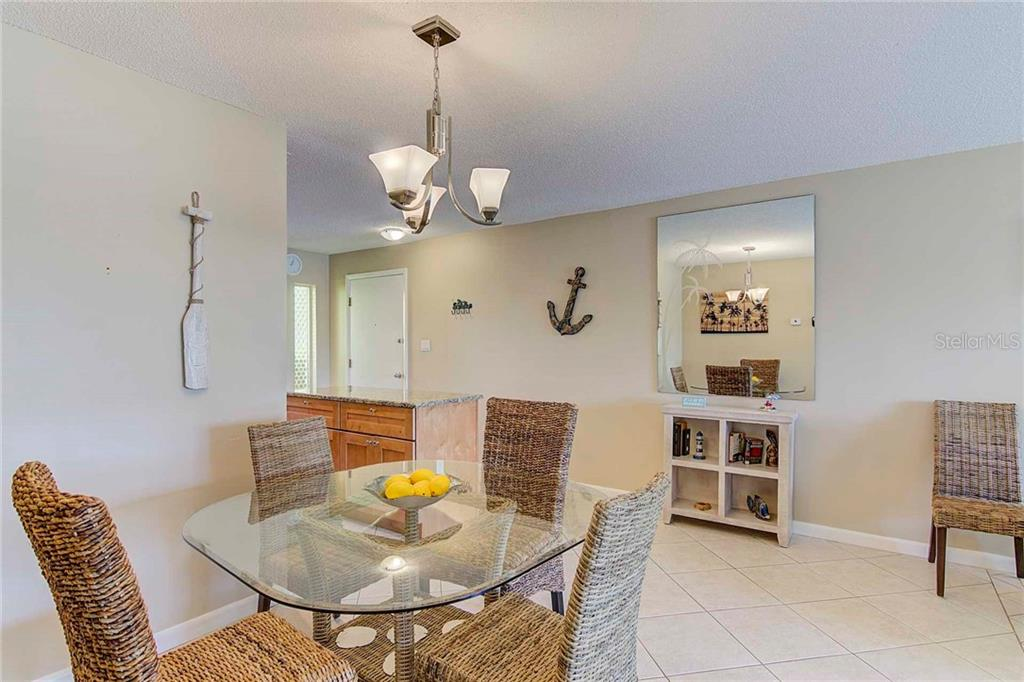 Dining Room - Condo for sale at 925 Beach Rd #107b, Sarasota, FL 34242 - MLS Number is A4413716
