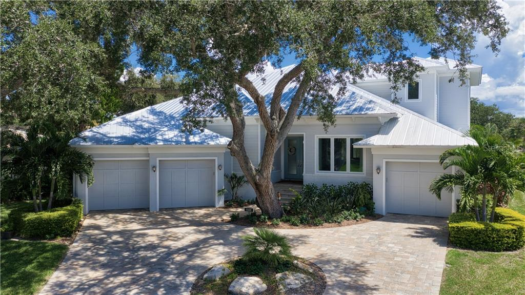 Single Family Home for sale at 5169 Sandy Shore Ave, Sarasota, FL 34242 - MLS Number is A4413850