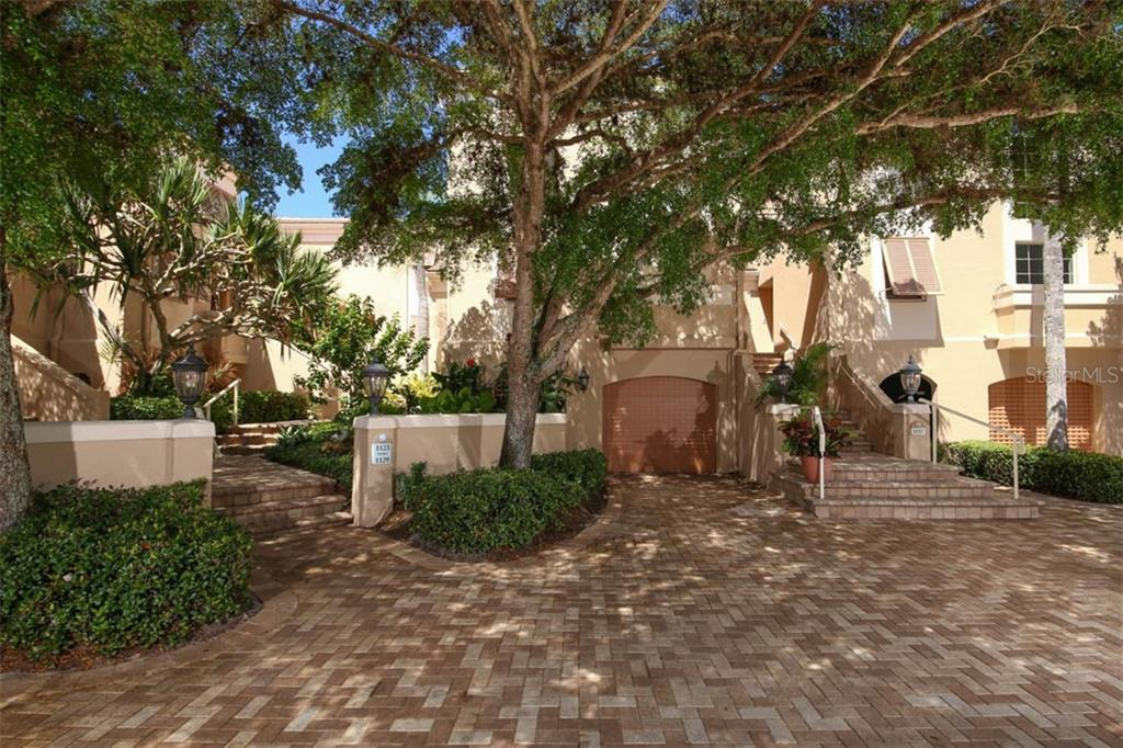 Condo Rider - Condo for sale at 1129 Coquille St #104, Sarasota, FL 34242 - MLS Number is A4414764