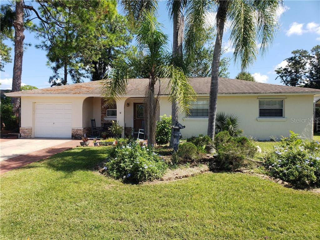 Single Family Home for sale at 3933 Allan Pl, Sarasota, FL 34241 - MLS Number is A4415080