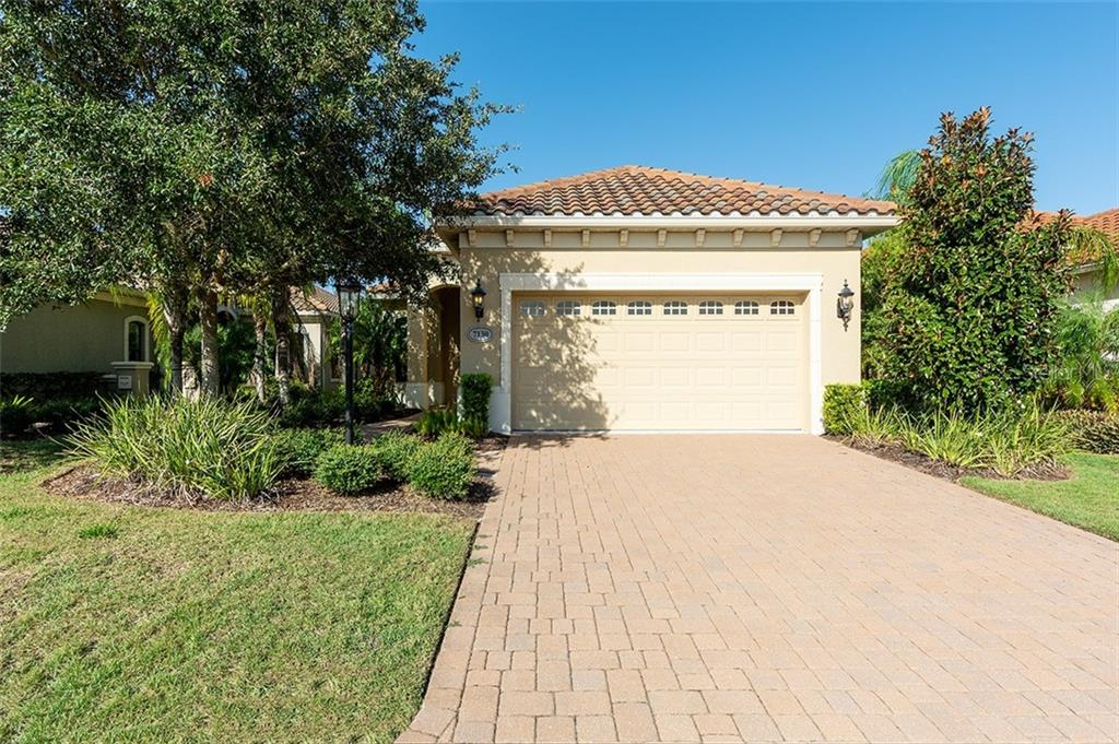 misc discl - Single Family Home for sale at 7130 Westhill Ct, Lakewood Ranch, FL 34202 - MLS Number is A4415204