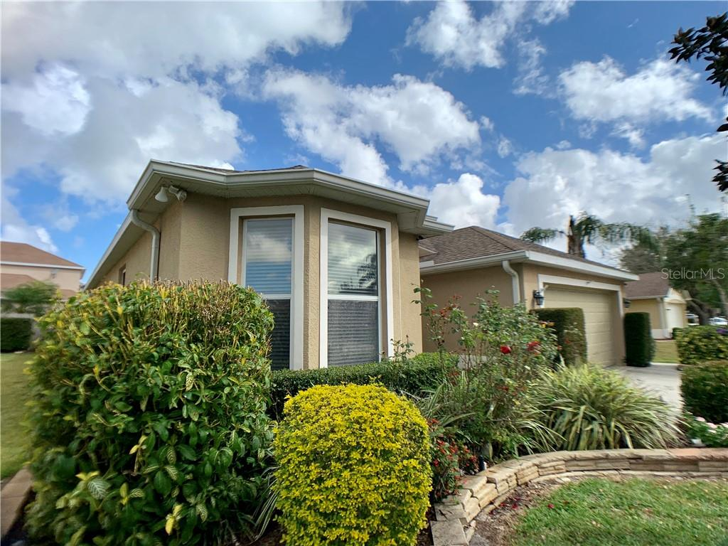 HOA Disclosure - Single Family Home for sale at 5613 Oakshire Ave, Sarasota, FL 34233 - MLS Number is A4417074