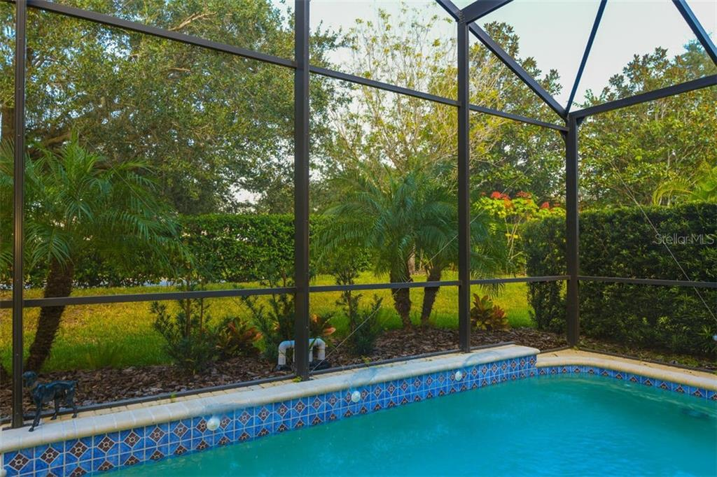 Single Family Home for sale at 4207 66th Ter E, Sarasota, FL 34243 - MLS Number is A4417431