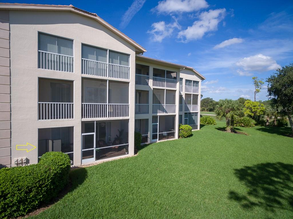 End unit #5110 - Condo for sale at 9620 Club South Cir #5110, Sarasota, FL 34238 - MLS Number is A4418081