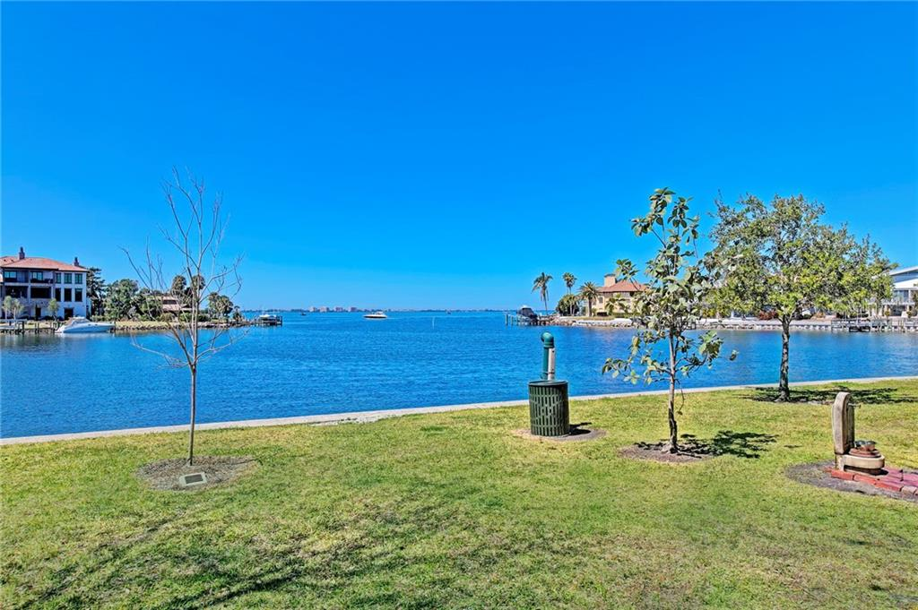 SAPPHIRE SHORES Community Park - SIDEWALKS, BENCHES, PLAYGROUND & DOG-FRIENDLY - Single Family Home for sale at 5110 Sun Cir, Sarasota, FL 34234 - MLS Number is A4420424
