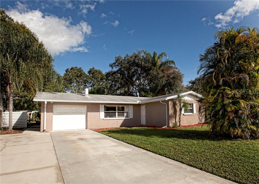 Single Family Home for sale at 5339 Brookmeade Dr, Sarasota, FL 34232 - MLS Number is A4421752