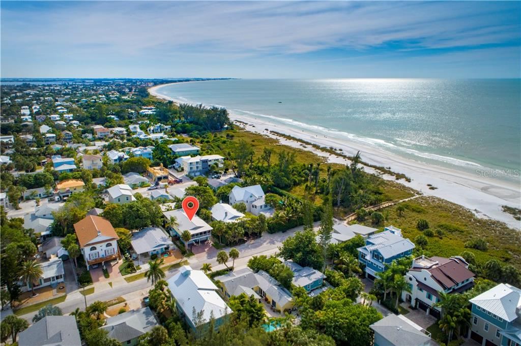 Aerial - Single Family Home for sale at 107 Willow Ave, Anna Maria, FL 34216 - MLS Number is A4421946