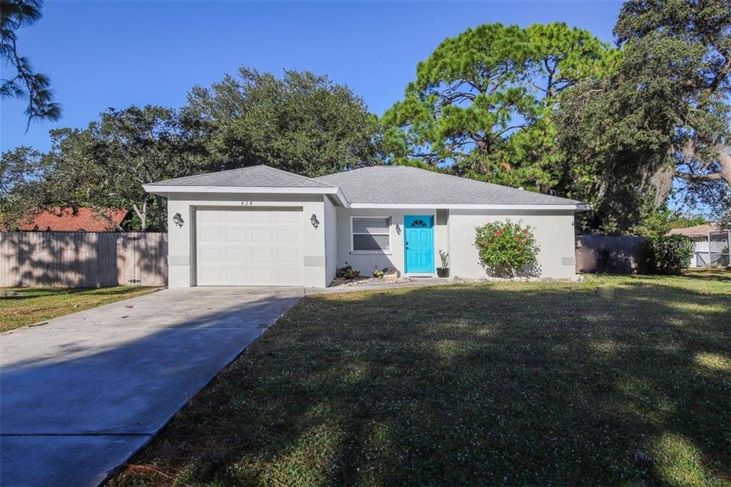 Well maintained 2/2/1 with fenced back yard. - Single Family Home for sale at 824 Indus Rd, Venice, FL 34293 - MLS Number is A4422072