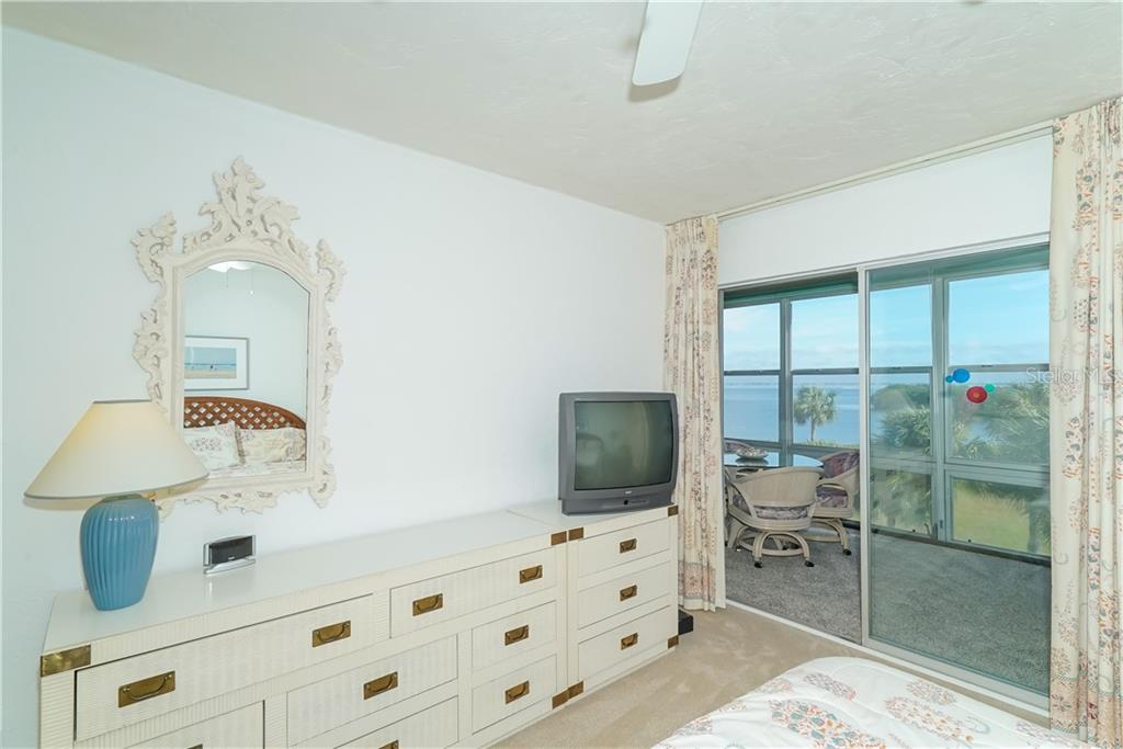 Master bath has great lighting, lots of counter space and generous storage including the walk-in closet and linen closet. - Condo for sale at 4700 Gulf Of Mexico Dr #305, Longboat Key, FL 34228 - MLS Number is A4422164