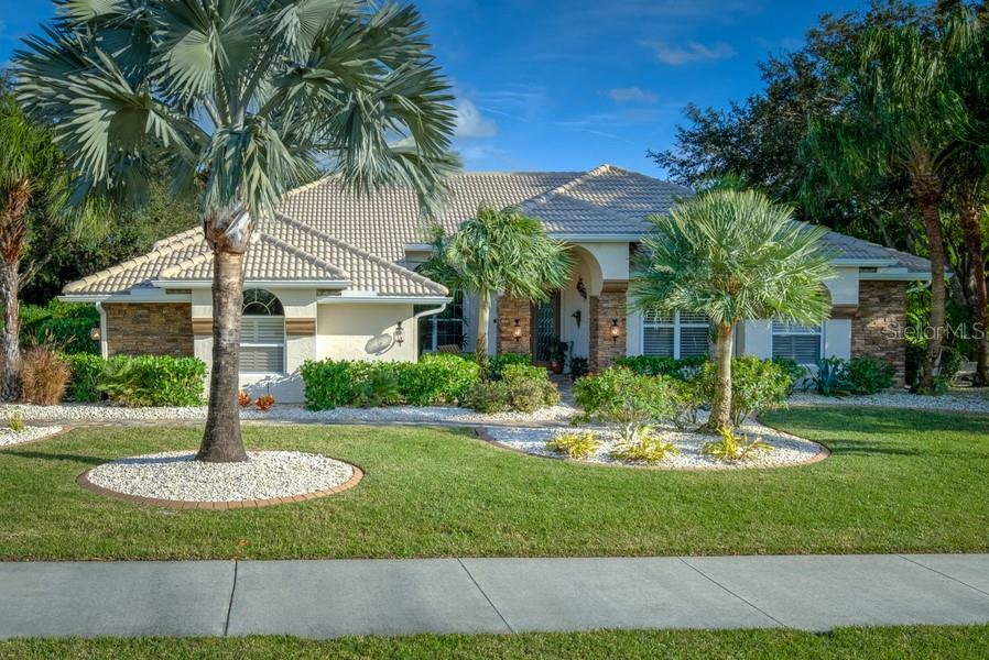 Single Family Home for sale at 7791 Alister Mackenzie Dr, Sarasota, FL 34240 - MLS Number is A4422525