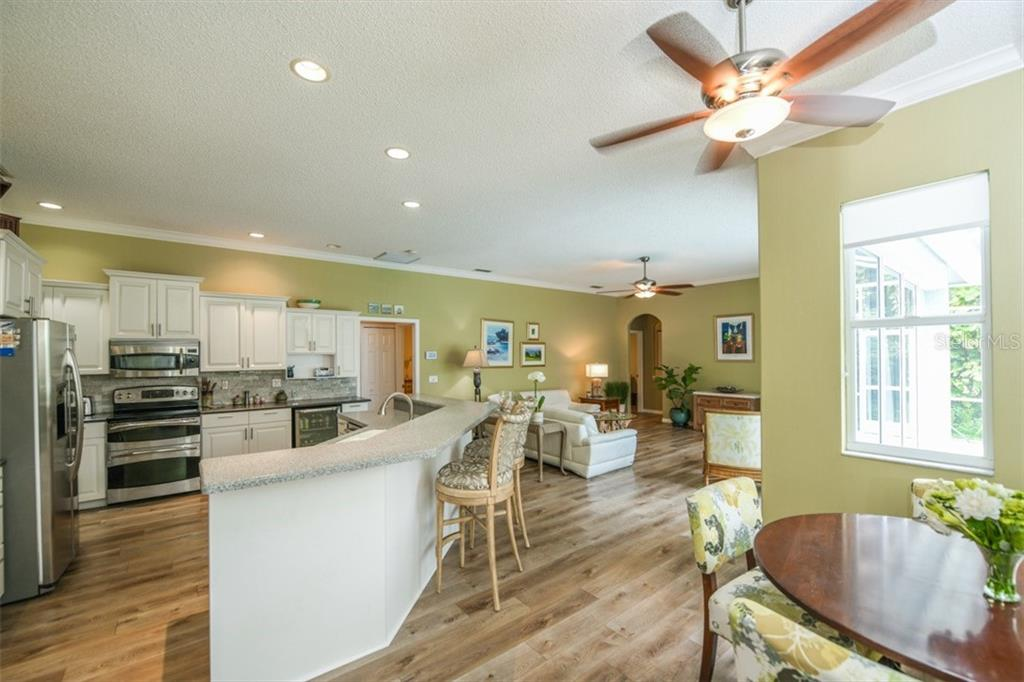 Great Room - Single Family Home for sale at 6161 Varedo Ct, Sarasota, FL 34243 - MLS Number is A4422883