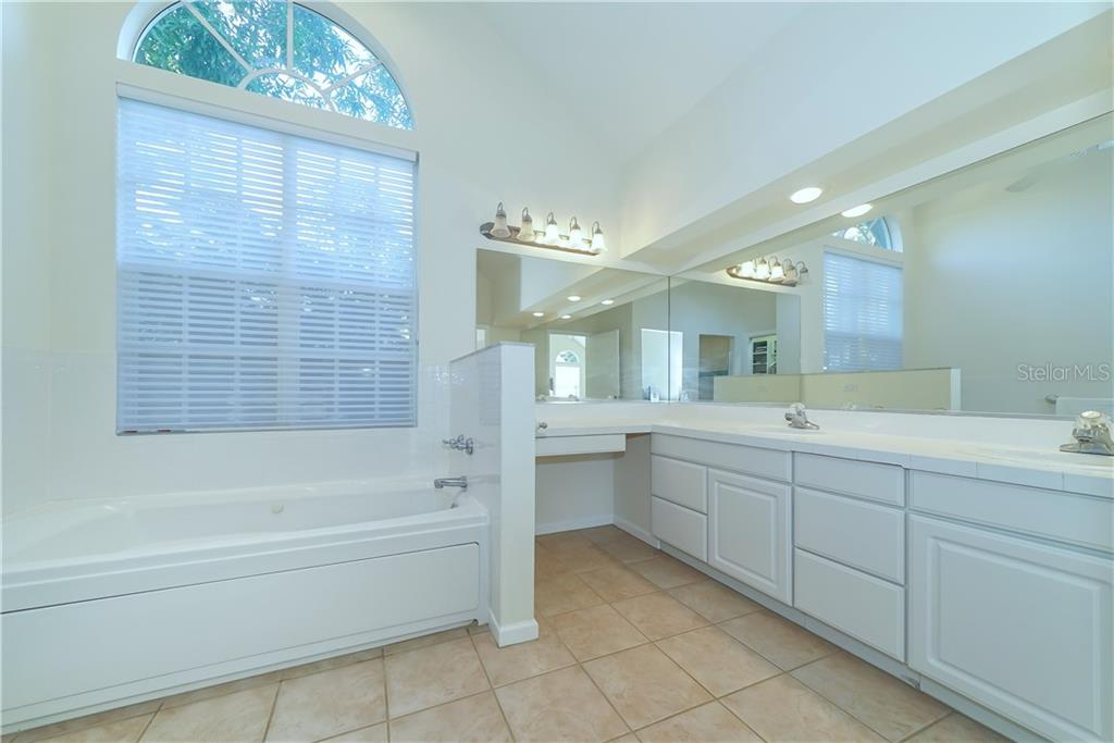 Well Appointed Master Bath - Single Family Home for sale at 2300 Mietaw Dr, Sarasota, FL 34239 - MLS Number is A4423151