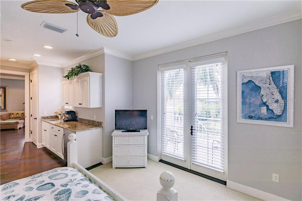 Guest suite with private balcony - Single Family Home for sale at 557 Fore Dr, Bradenton, FL 34208 - MLS Number is A4423161