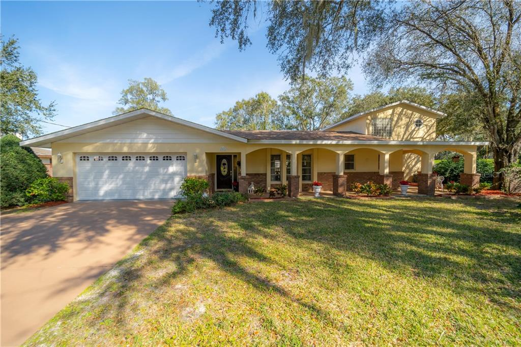 Seller disclosure - Single Family Home for sale at 1910 Rolling Green Cir, Sarasota, FL 34240 - MLS Number is A4423662