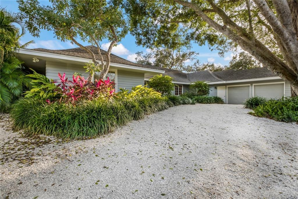 Sellers Property Disclosure - Single Family Home for sale at 1253 N Basin Ln, Sarasota, FL 34242 - MLS Number is A4423797
