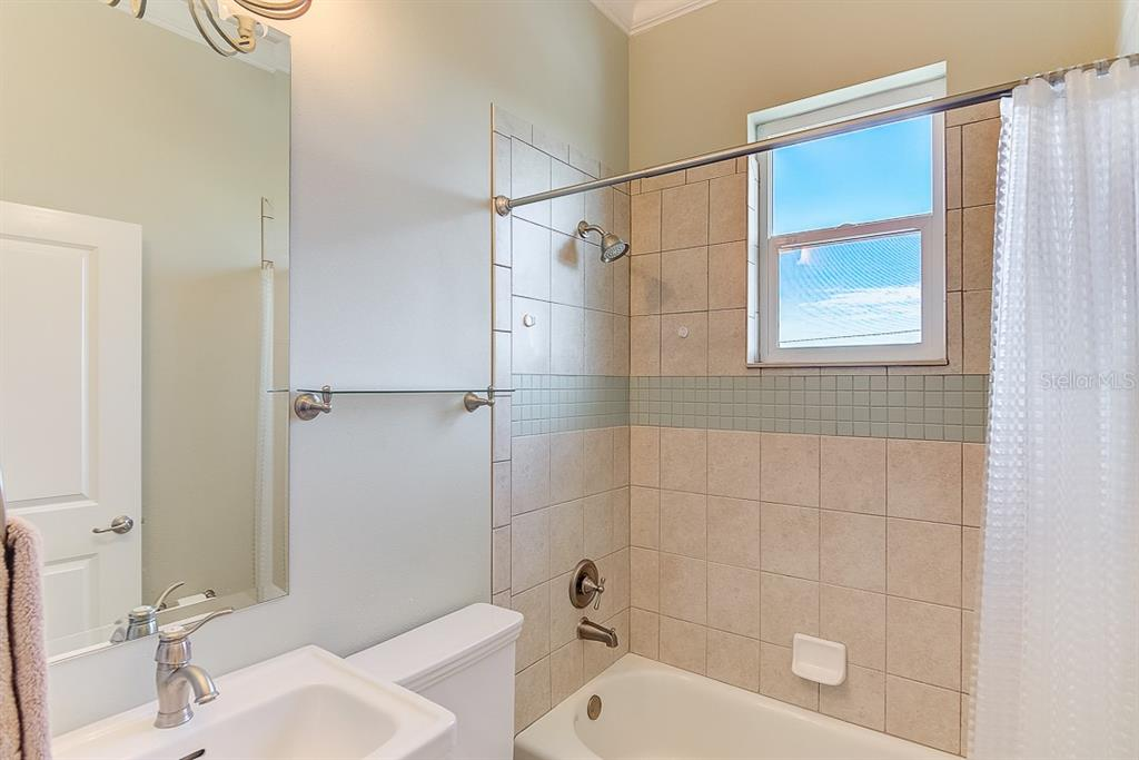 East Guest Bathroom 3 ~ 2nd Floor - Duplex/Triplex for sale at 2500 Gulf Dr N, Bradenton Beach, FL 34217 - MLS Number is A4424506