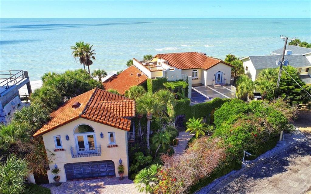 Outdoor patio overlooking splendid views of beach and gulf - Single Family Home for sale at 121 N Casey Key Rd, Osprey, FL 34229 - MLS Number is A4425715