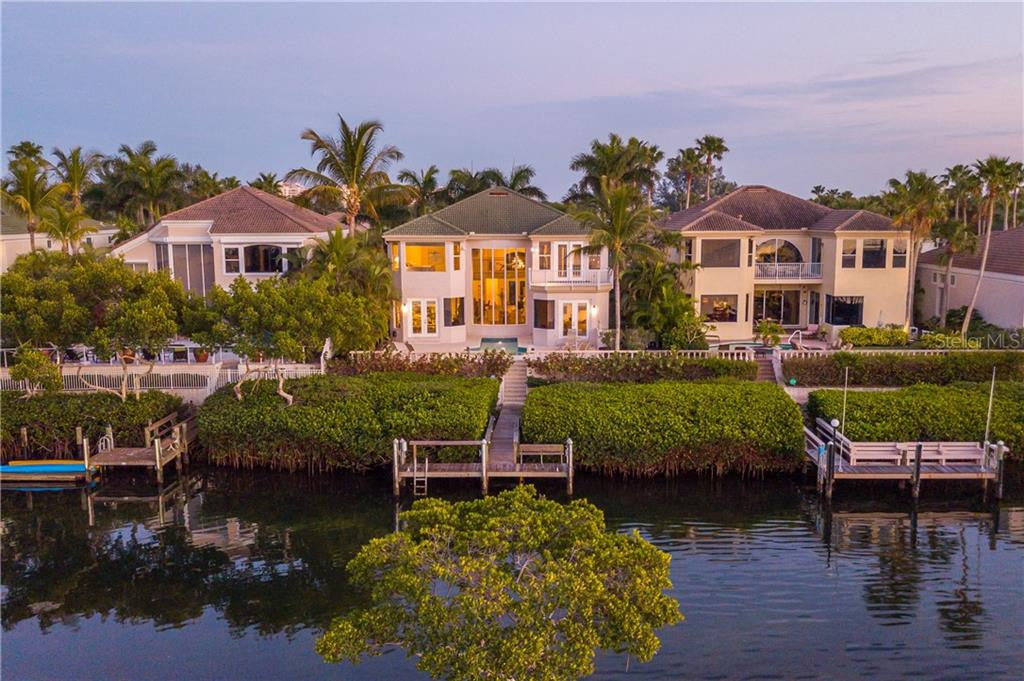 Single Family Home for sale at 3612 Fair Oaks Pl, Longboat Key, FL 34228 - MLS Number is A4426931