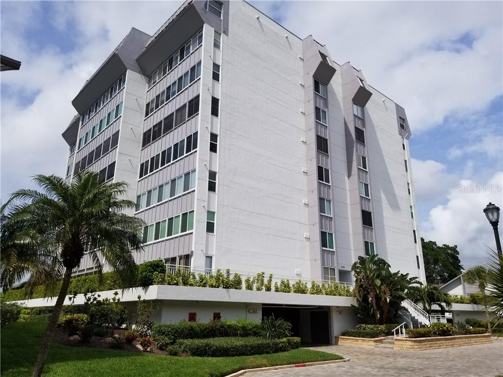 front of 1125 Building underground parking - Condo for sale at 1125 W Peppertree Dr #603, Sarasota, FL 34242 - MLS Number is A4430690