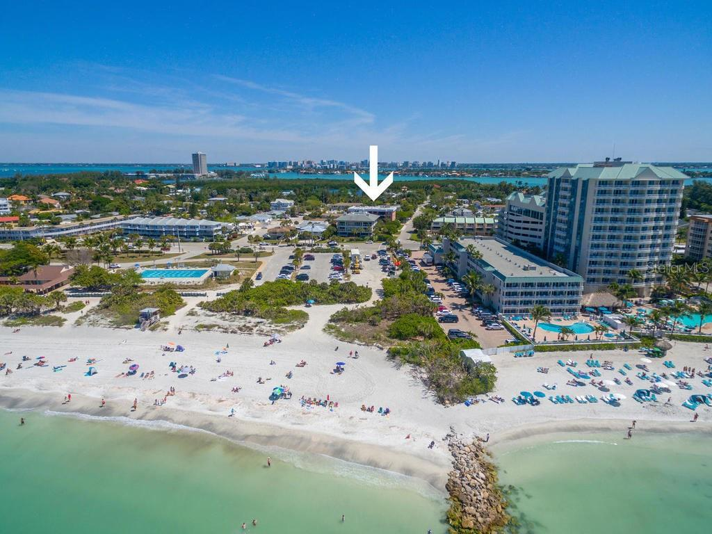 Ideally located across from beautiful Lido Beach! - Condo for sale at 131 Garfield Dr #1b, Sarasota, FL 34236 - MLS Number is A4432013