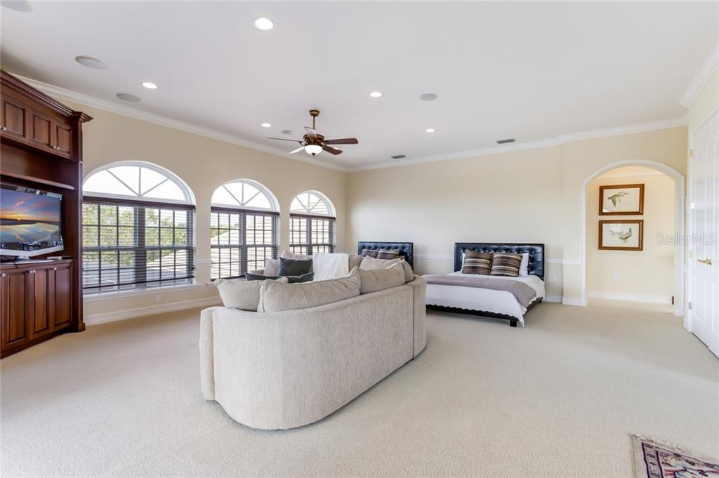 Single Family Home for sale at 3147 Founders Club Dr, Sarasota, FL 34240 - MLS Number is A4433012