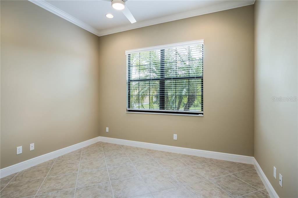 Single Family Home for sale at 7609 Rio Bella Pl, University Park, FL 34201 - MLS Number is A4433126