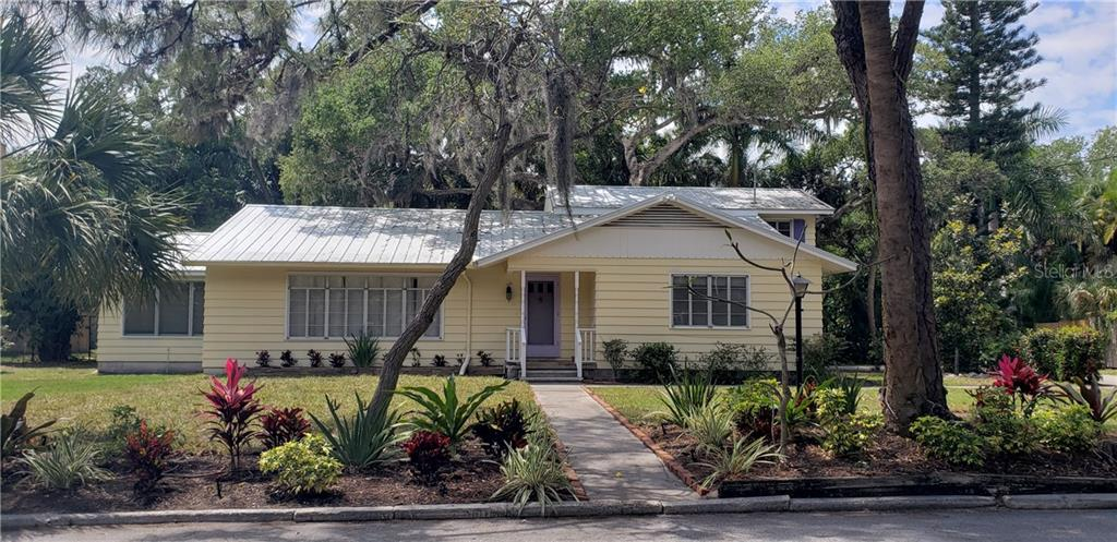 New Attachment - Single Family Home for sale at 3001 Bay Shore Cir, Sarasota, FL 34234 - MLS Number is A4433152