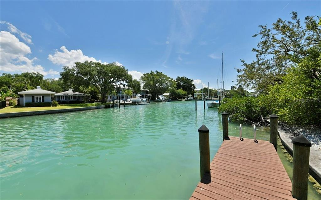 No bridge to bay deep sailboat water! - Single Family Home for sale at 3525 White Ln, Sarasota, FL 34242 - MLS Number is A4433441