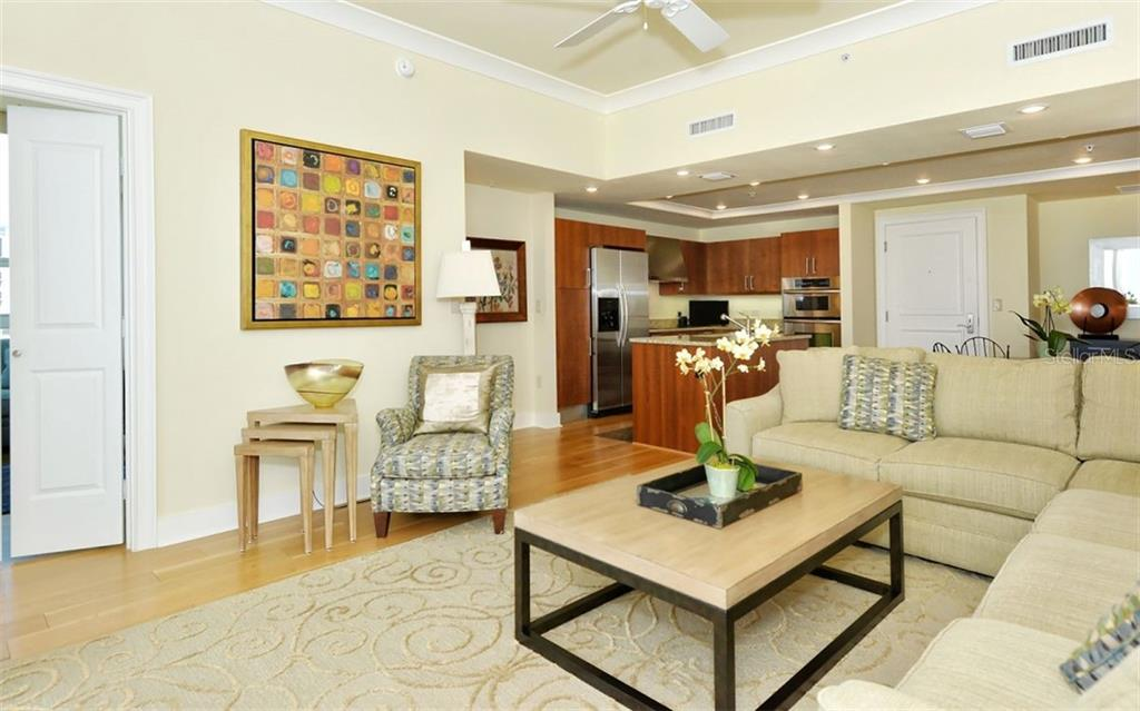 Convenient to the kitchen for appetizers - Condo for sale at 1350 Main St #1500, Sarasota, FL 34236 - MLS Number is A4433444