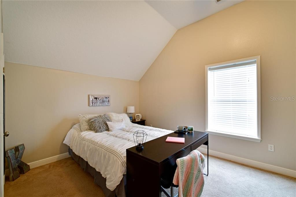 Guest suite upstairs - Single Family Home for sale at 13825 18th Pl E, Bradenton, FL 34212 - MLS Number is A4435082