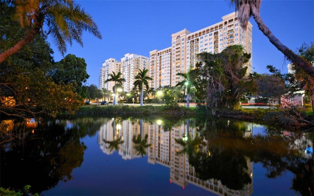 Twilight view of Alinari - Condo for sale at 800 N Tamiami Trl #602, Sarasota, FL 34236 - MLS Number is A4436915