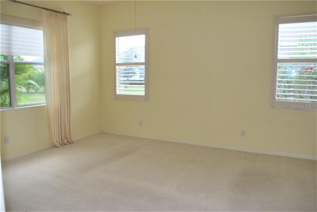 Master Bedroom - Single Family Home for sale at 4617 Claremont Park Dr, Bradenton, FL 34211 - MLS Number is A4437040