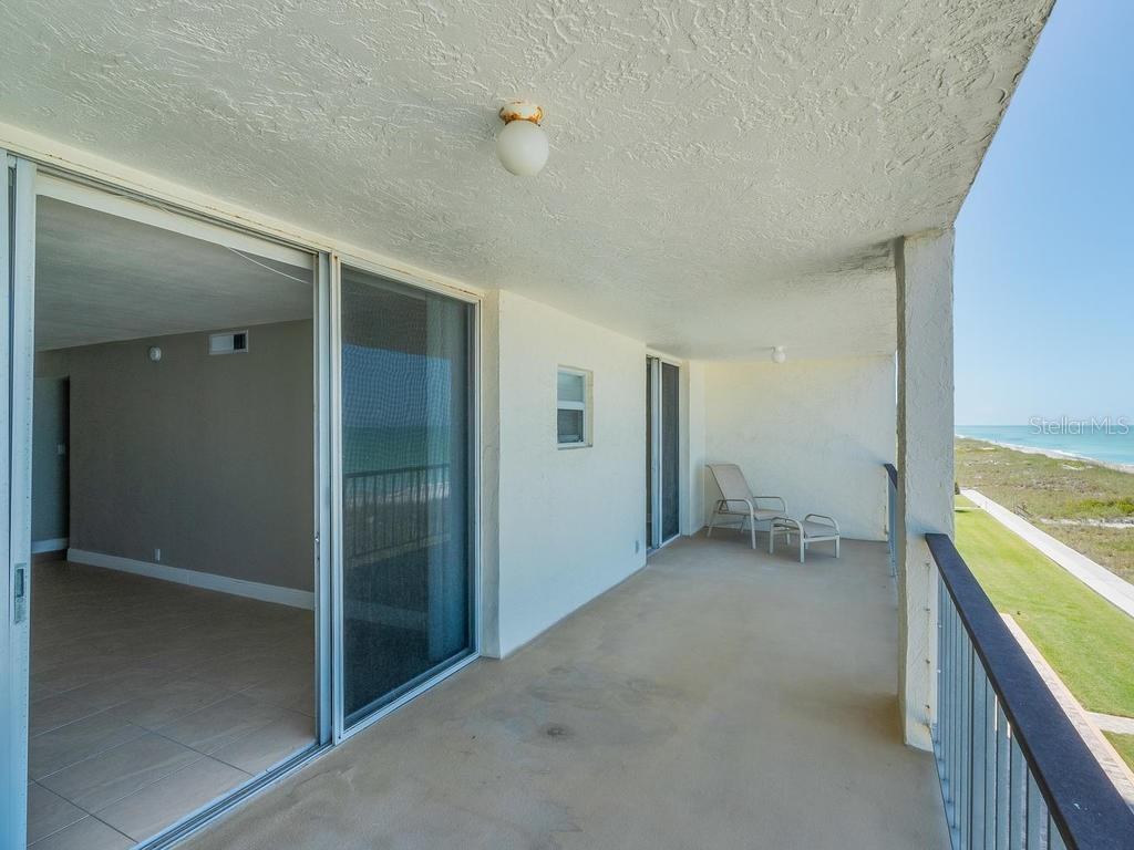 Condo for sale at 4401 Gulf Of Mexico Dr #305, Longboat Key, FL 34228 - MLS Number is A4437539
