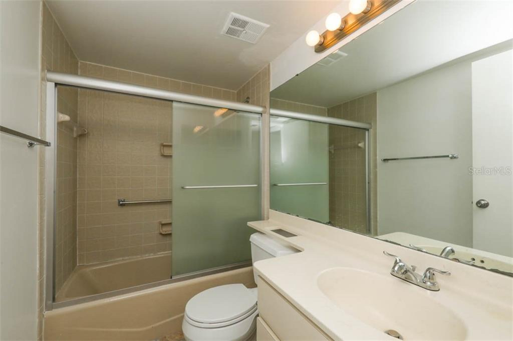 Bathroom 2 - Condo for sale at 1742 Landings Blvd #38, Sarasota, FL 34231 - MLS Number is A4439252