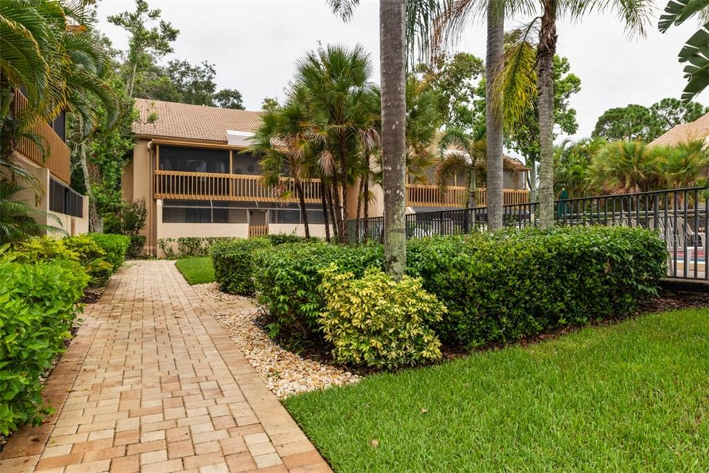 Misc Discl - Condo for sale at 3051 Willow Grn #2, Sarasota, FL 34235 - MLS Number is A4441311