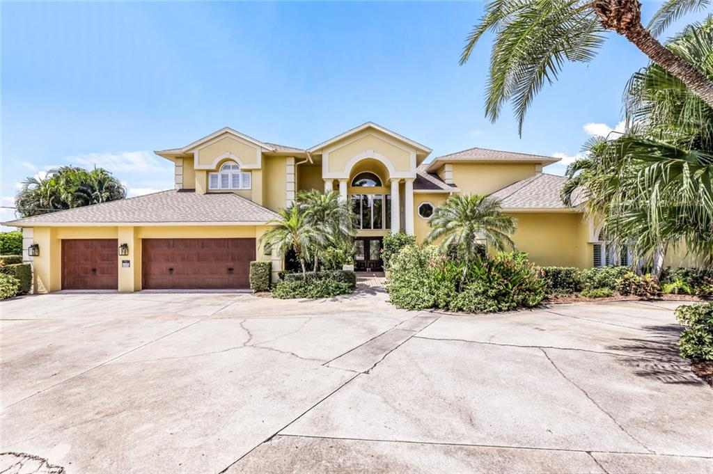 Seller's Property Disclosure - Single Family Home for sale at 6208 Shore Acres Dr, Bradenton, FL 34209 - MLS Number is A4446027