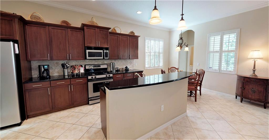 Kitchen - Single Family Home for sale at 7288 Lismore Ct, Lakewood Ranch, FL 34202 - MLS Number is A4449934