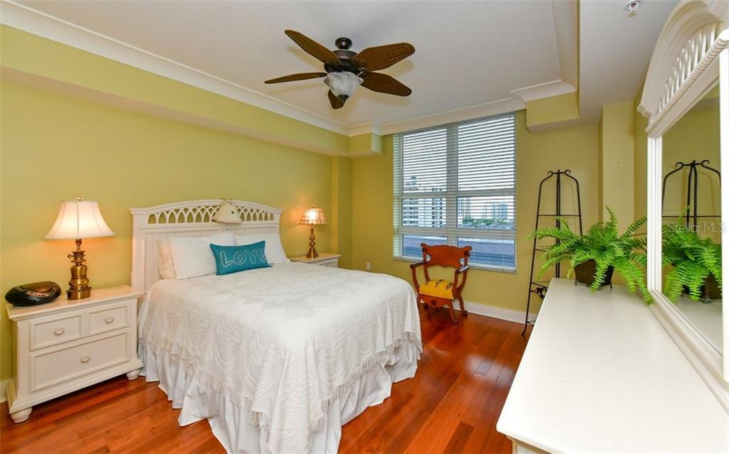 Room for you to move - Condo for sale at 1350 Main St #804, Sarasota, FL 34236 - MLS Number is A4451085