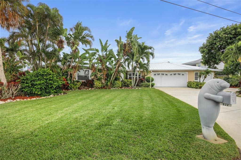 Survey - Single Family Home for sale at 622 Hampshire Lane, Holmes Beach, FL 34217 - MLS Number is A4454673