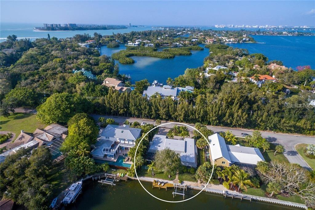 Single Family Home for sale at 710 Siesta Key Cir, Sarasota, FL 34242 - MLS Number is A4454852